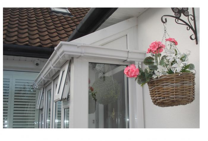 Lean-to security porch